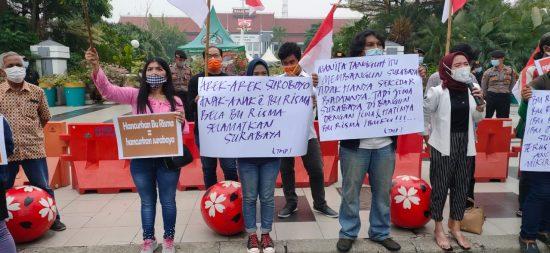 Aksi Warga Bela Risma Terus Bergulir: Hancurkan Risma Berarti Hancurkan Surabaya