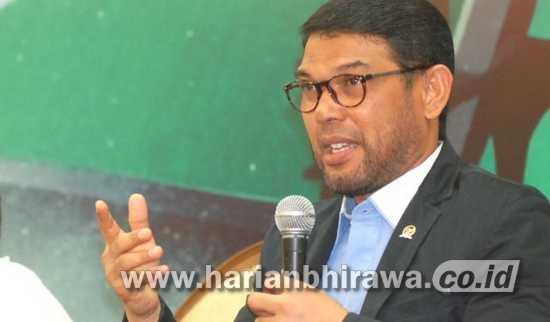 Nasir Djamil: RUU MinolMengatur Peredaran Secara Nasional