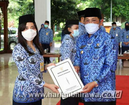 331 Pejabat Fungsional Pemkab Sidoarjo Disumpah