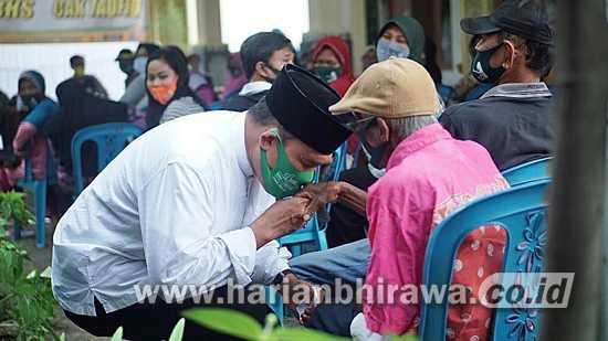 Cabup Sidoarjo Bambang Haryo Blusukan Kampung Dekati Warga