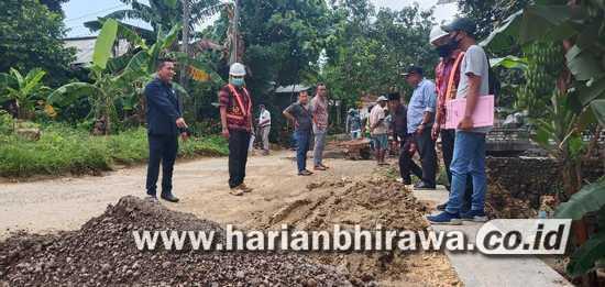 Komisi III DPRD Sampang Sidak Dua Lokasi Proyek Peningkatan Jalan