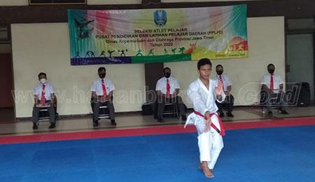 Peluang Mendulang Emas Popnas dari Karate Terbuka Lebar