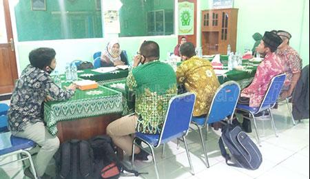 Gandeng Tim RisetMU Umsida, SMP Muhammadiyah di Sidoarjo Susun Strategi
