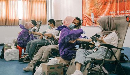 Peringati Hari AIDS Sedunia, Ubhara Gelar Donor Darah