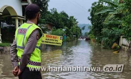 Cuaca Ekstrem, Ratusan Rumah  Kecamatan Sutojayan Terendam Banjir