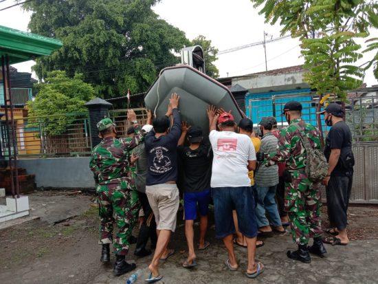 Pasca Banjir, Koramil 0814/10 Mojoagung dan Masyarakat Gotong-royong
