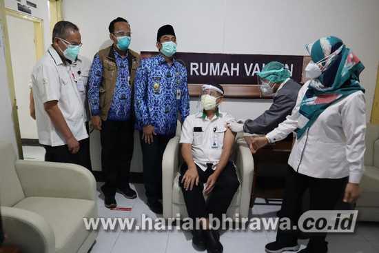 Suntik Vaksin Covid-19 Berlangsung di 19 Rumah Sakit Kabupaten Gresik