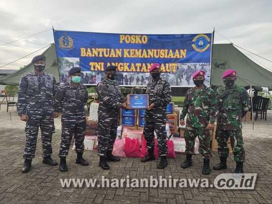 KRI Koarmada II TNI AL Berhasil Salurkan Bantuan Gempa Mamuju