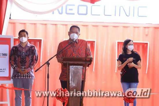 Layanan Drive Thru Swab PCR Surabaya Diresmikan
