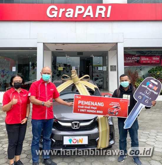 Telkomsel Beri Hadiah Mobil ke Pelanggan Asal di Candi Sewu Kota Malang