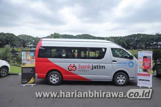 BPD Bank Jatim Serahkan CSR ke Pemkot Malang