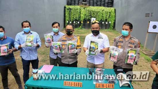 Polrestabes Surabaya Gagalkan Peredaran 8,5 Kilogram Sabu dari Medan