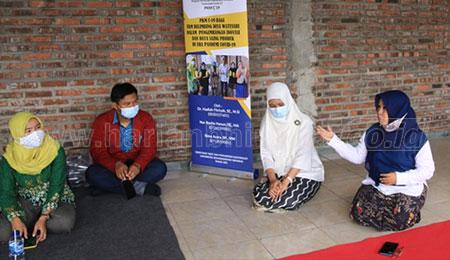 Tim PKMC Umsida Dampingi Masyarakat Watesari Kembangkan Olahan Produk Belimbing