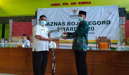 SMPN 4 Bojonegoro Raih Penghargaan UPZ Penghimpun ZIS Terbaik