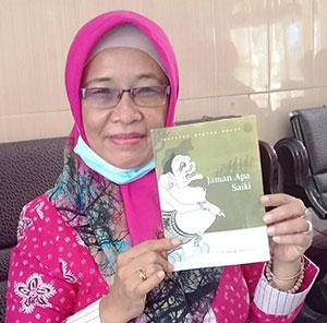 Mencintai Boso Jowo dengan Menulis Buku Geguritan 'Jaman Opo Saiki'