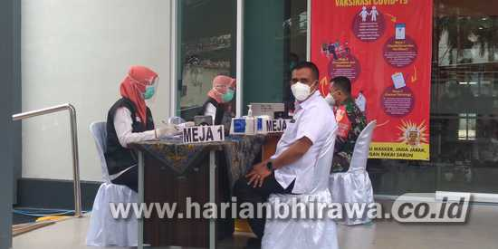 Dinkes Kabupaten Situbondo Gelar Vaksin Sinovac Perdana