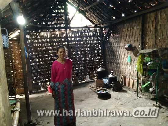 Rumah Reyot Milik Janda Tua Jadi Langganan Banjir di Kabupaten Sampang