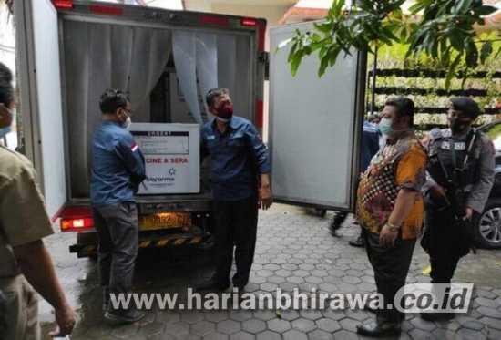 4.120 Dosis Vaksin Covid-19 Tahap Pertama Tiba di Mojokerto