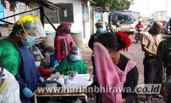 330 Desa di Kab Probolinggo Laksanakan Tes Swab Masal
