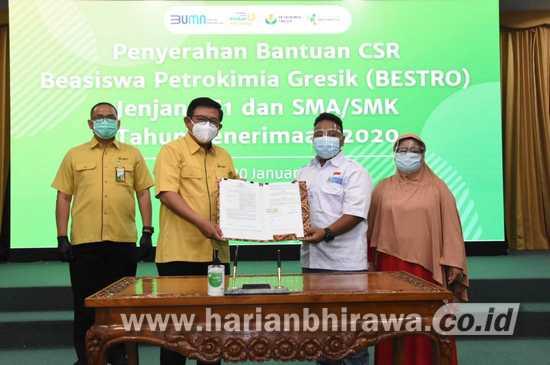PT Petrokimia Gresik Kembali Salurkan CSR Bestro Senilai Rp 1,7 Miliar