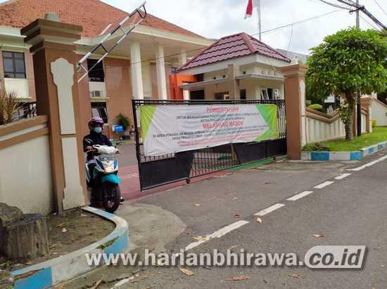 10 Hakim dan Panitera Pengganti Pengadilan Negeri Jombang Positif Covid-19