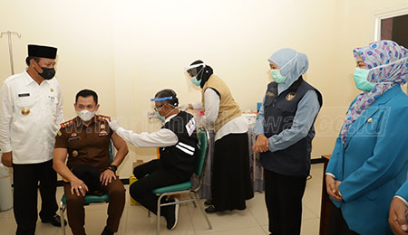 Prioritaskan Pedagang Pasar Jadi Sasaran Vaksin