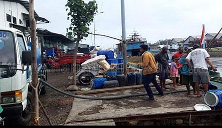 Distribusikan 15 Ribu Liter Air Bersih ke Gili Ketapang