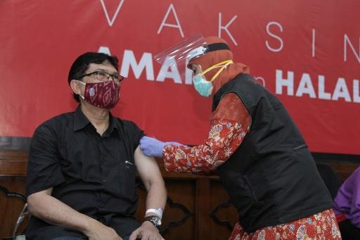 Vaksinasi Gelaran PWI-Pemprov Jatim Diikuti 442 Wartawan