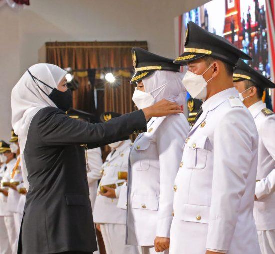 Ikfina Fahmawati dan Muhammad Albarra Resmi Jabat Bupati/Wakil Bupati Mojokerto