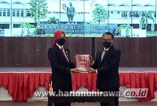 Gubernur Khofifah Tugaskan Hadi Sulistyo sebagai PLH Bupati Jember