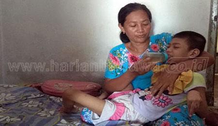 Cerita Pilu Aisyah, Bocah 9 Tahun yang Lumpuh Setelah Imunisasi
