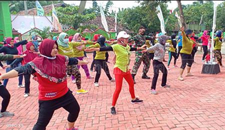 Tunjang TMMD 110 Tambakrejo, Dispora Bojonegoro Gelar Senam Rekreasi