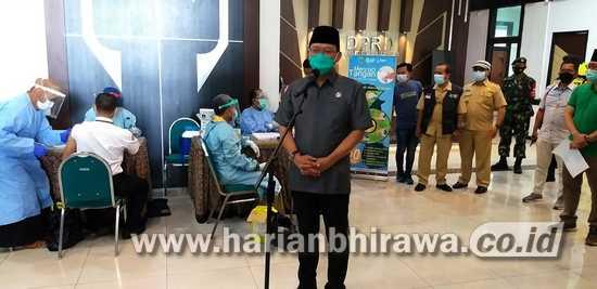 Seluruh Anggota DPRD Kabupaten Pasuruan Jalani Vaksinasi Tahap Pertama