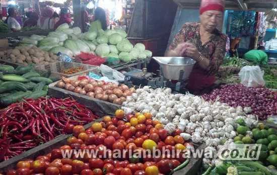 Harga CabaiRawit Melonjak Tinggi di Kab.Malang, Masyarakat Enggan Membeli