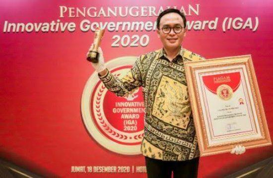 Pemkab Pamekasan Terima Dua Penghargaan Kemenpan-RB