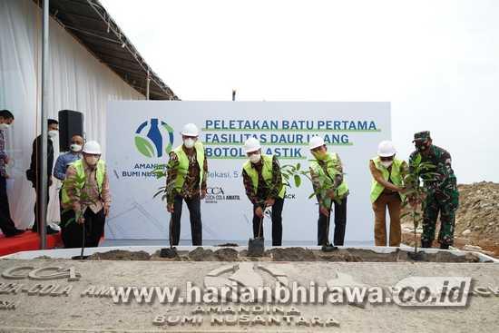 Menteri Perindustrian Agus Gumiwang Apresiasi Coca-Cola Amatil Indonesia