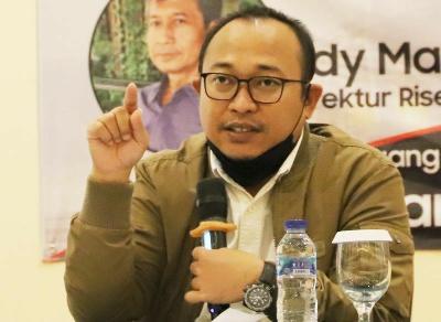 Demokrat Jatim Kurang Diminati Milenial, Pengamat: Emil Jarang Banget Pakai Jaket Partainya