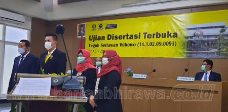Ujian Disertasi Terbuka Dr Teguh Setiawan Wibowo