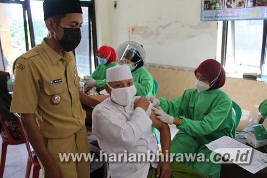 Antusiasme Vaksinasi Covid-19 di Kampung Bupati Jombang Cukup Tinggi
