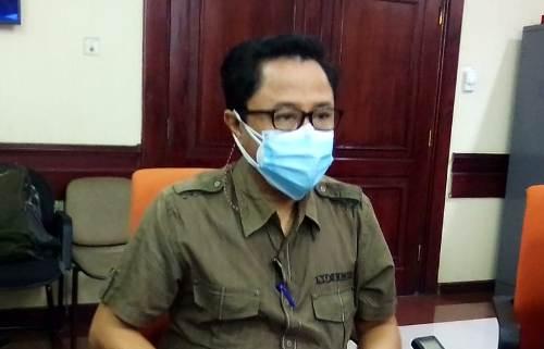 Rumah Rusak, Warga Kedinding Jaya Surabaya Tuntut Kontraktor