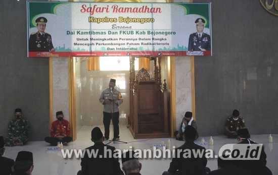 Kapolres Bojonegoro Gelar Safari Ramadan Kamtibmas Da'i – Pendeta