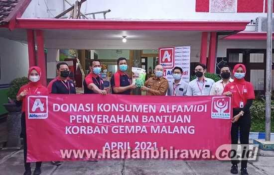 Alfamidi Gandeng BMCI Salurkan Donasi Konsumen Korban Gempa di Malang