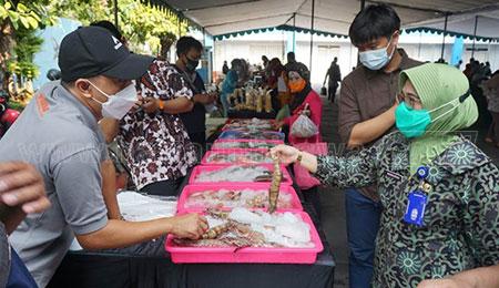 Bazar Produk Kelautan dan Perikanan, Dua Jam Langsung Habis