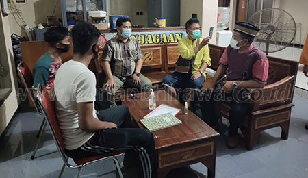 Pengurus PPMM Jatim Sambangi 12 Siswa SMKN 2 Painan di Pusat Karantina