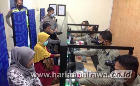 Satlantas Polres Tulungagung Gratiskan Keluarga Korban KRI Nanggala 402