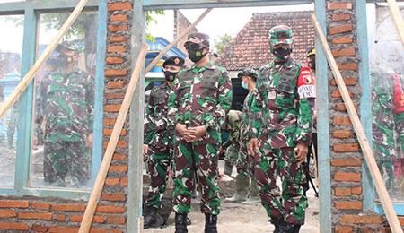 Pangdam V Brawijaya Tinjau Program TMMD di Jombang