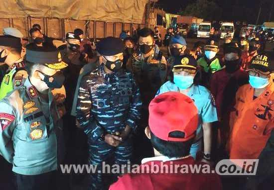 TNI AL Kerahkan Dua KRI, Evakuasi Korban Tenggelamnya KMP Yunicee