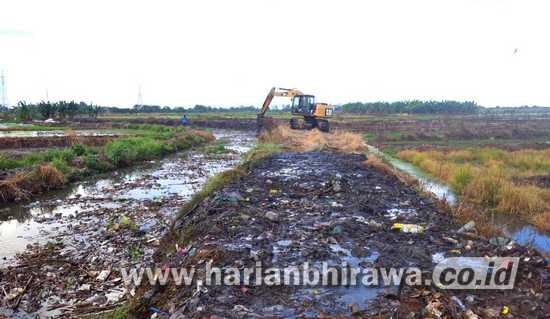 Sungai di Kabupaten Pasuruan Dikeruk agar Banjir Tak Terulang
