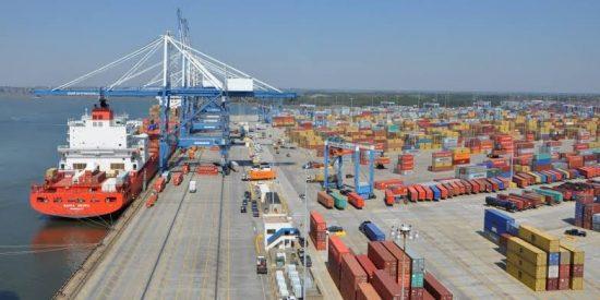 Mei 2021, Neraca Perdagangan Indonesia Surplus USD 2,36 Miliar
