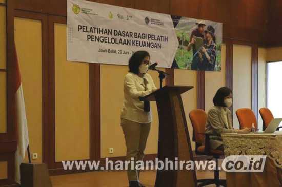 Kemnaker Bekerjasama Kementan Latih Literasi Keuangan Petani Milenial